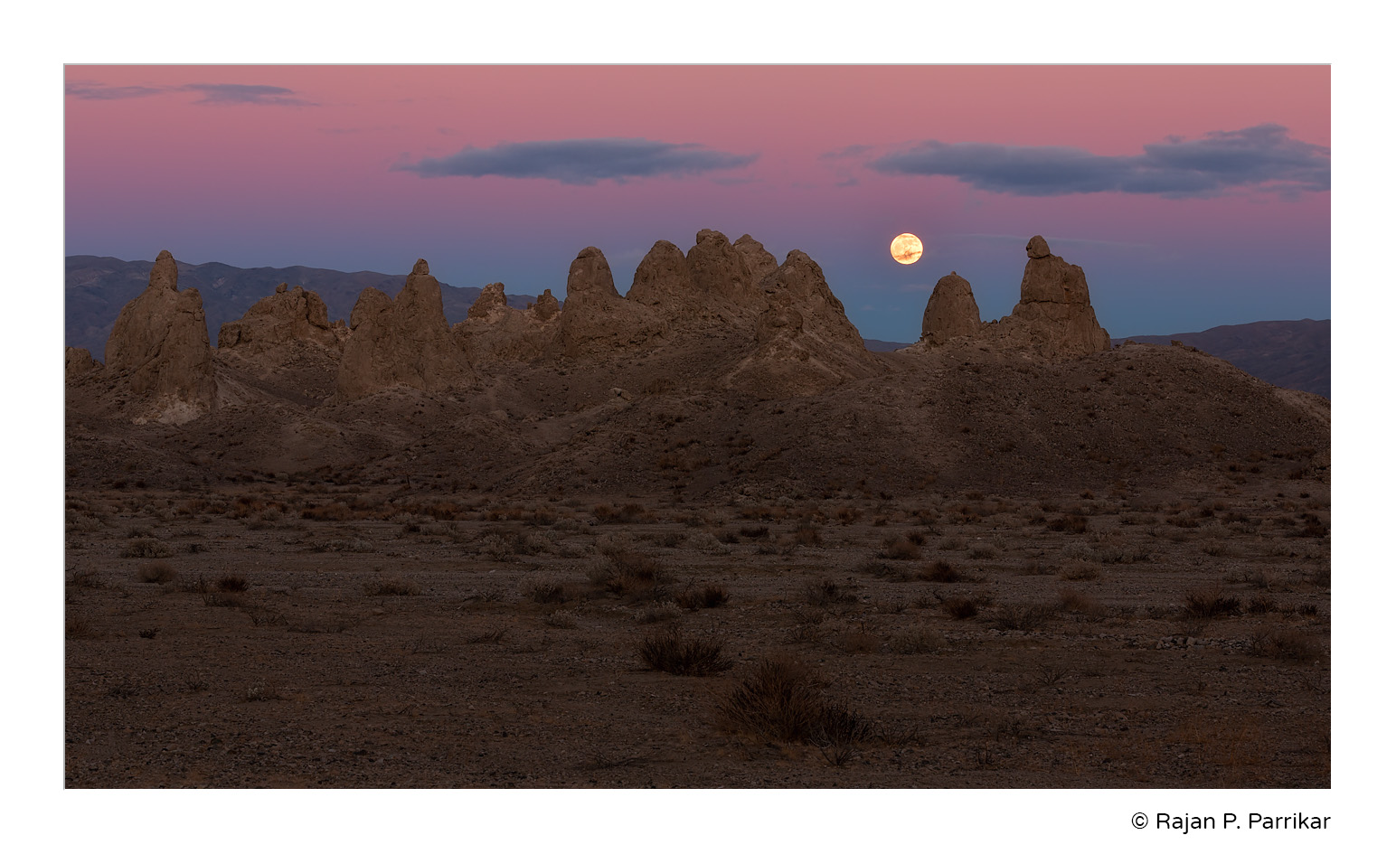 Trona-Pinnacles-Moonrise-BOV